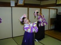 舞踏団HARUNAショー開催!<アクティブライフ中町倶楽部>_c0107602_10141050.jpg