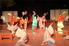 舞踏団HARUNAショー開催!<アクティブライフ中町倶楽部>_c0107602_109238.jpg