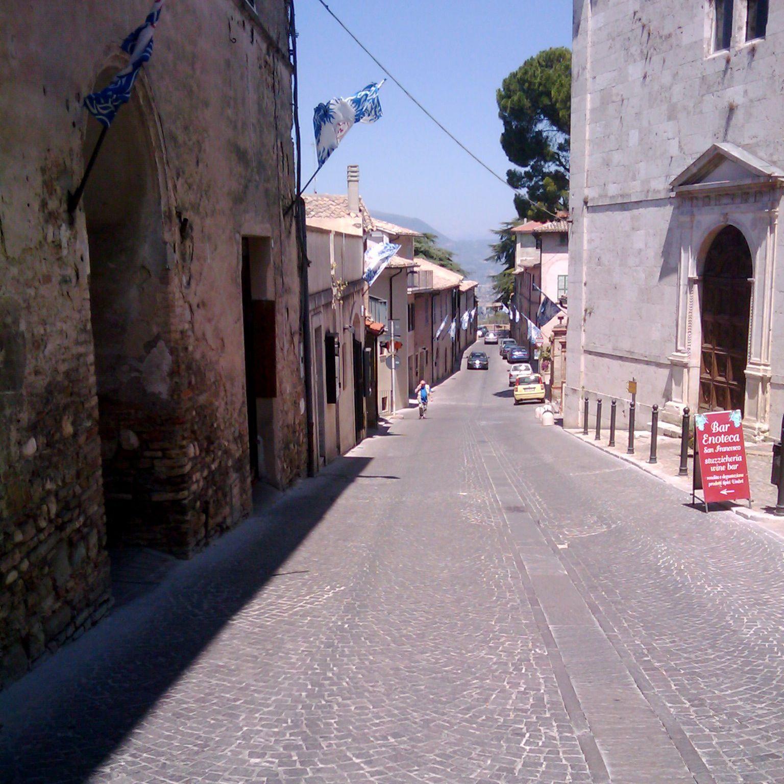 イタリアMontefalco_f0192307_1712222.jpg