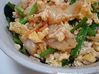 ニラ卵キムチ丼_c0025217_23261949.jpg