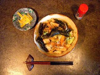 今日の夕飯は昆布ソバ_e0166355_16464180.jpg