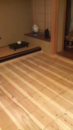 茶立て虫が出たので、畳の熱処理と表のござを裏返し_f0052181_8183832.jpg