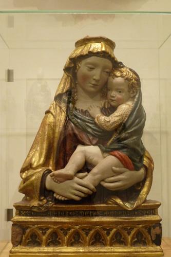 フィエーゾレの聖母子_f0106597_16141537.jpg