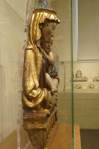 フィエーゾレの聖母子_f0106597_16331323.jpg