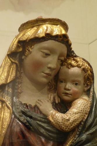 フィエーゾレの聖母子_f0106597_16343152.jpg