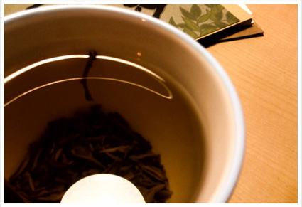 茶柱_d0051613_1143618.jpg