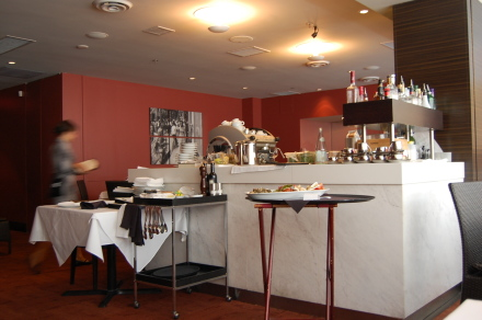 どんなに暑くてもランチには行きますよ!「Italian Kitchen」_d0129786_151519.jpg