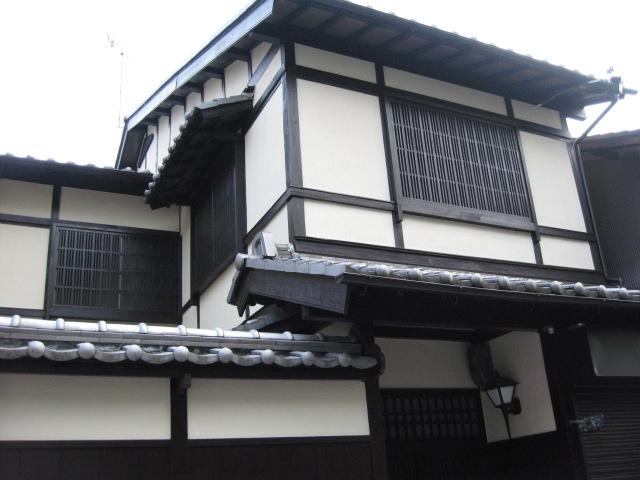 新築の京町家だろうか?_d0101846_626832.jpg