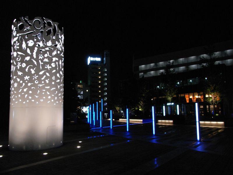 名古屋で異次元空間発見_c0025115_22254632.jpg