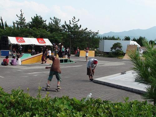 行ってきました。五色姫浜海水浴&SKATEFESTA2009_b0132530_20113428.jpg