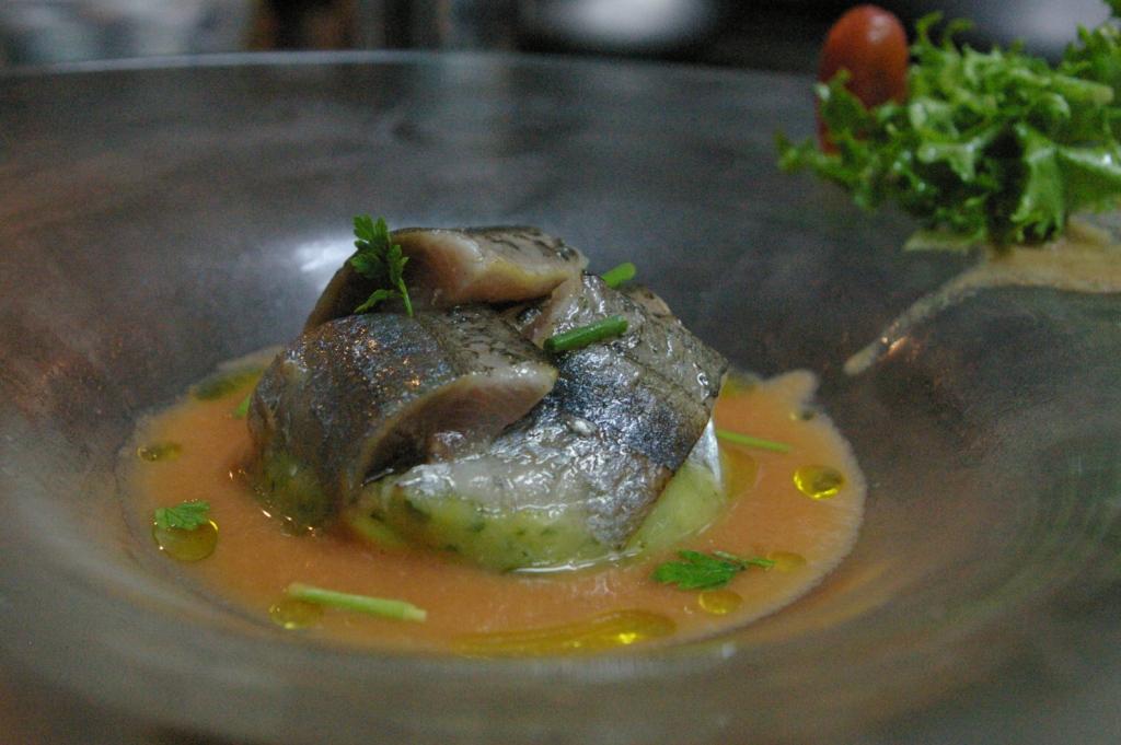 秋刀魚とガスパチョ♪_b0077531_2326251.jpg