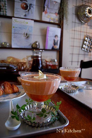 クックパッド & 冷製トマトスープ & 初パニーニ_a0105872_1256069.jpg