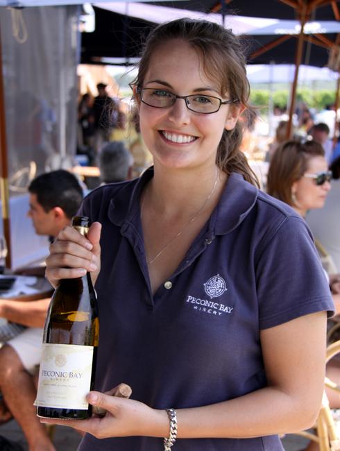 ロングアイランドのワイナリーで、美味しいワイン・テイスティング_b0007805_1235330.jpg