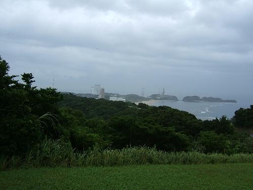 ロケットの丘から見た大崎射場_e0089232_20162576.jpg