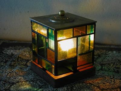 lamp1_b0156397_1228543.jpg