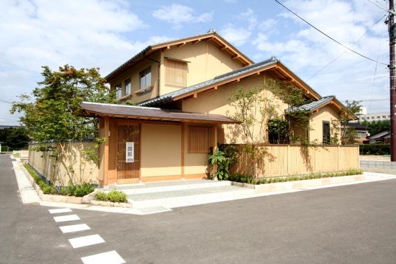重川材木店のモデルハウス_e0054299_1646327.jpg