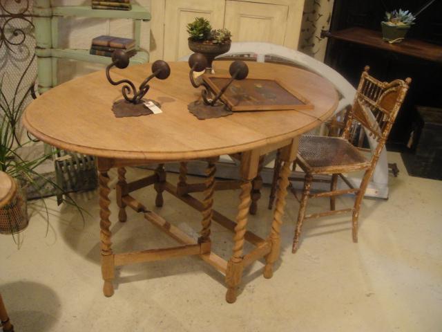 テーブル、テーブル、テーブル!_b0159549_1518578.jpg