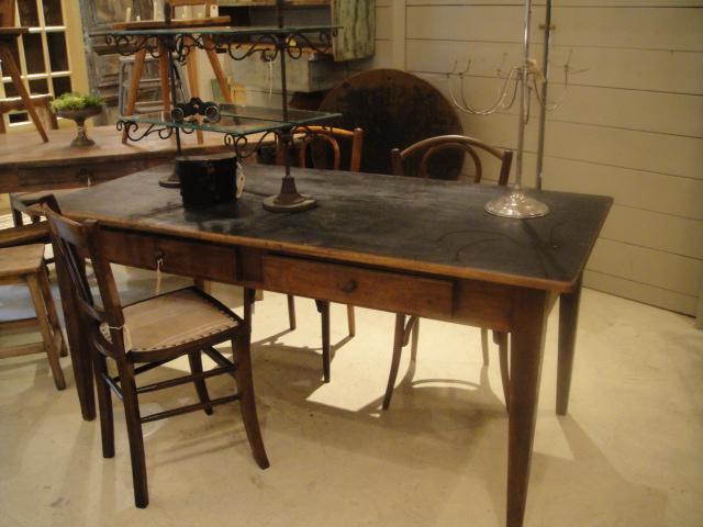 テーブル、テーブル、テーブル!_b0159549_15215799.jpg