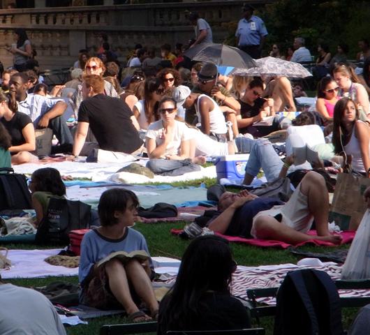 Bryant Park Summer Film Festival 2009 _b0007805_1111423.jpg