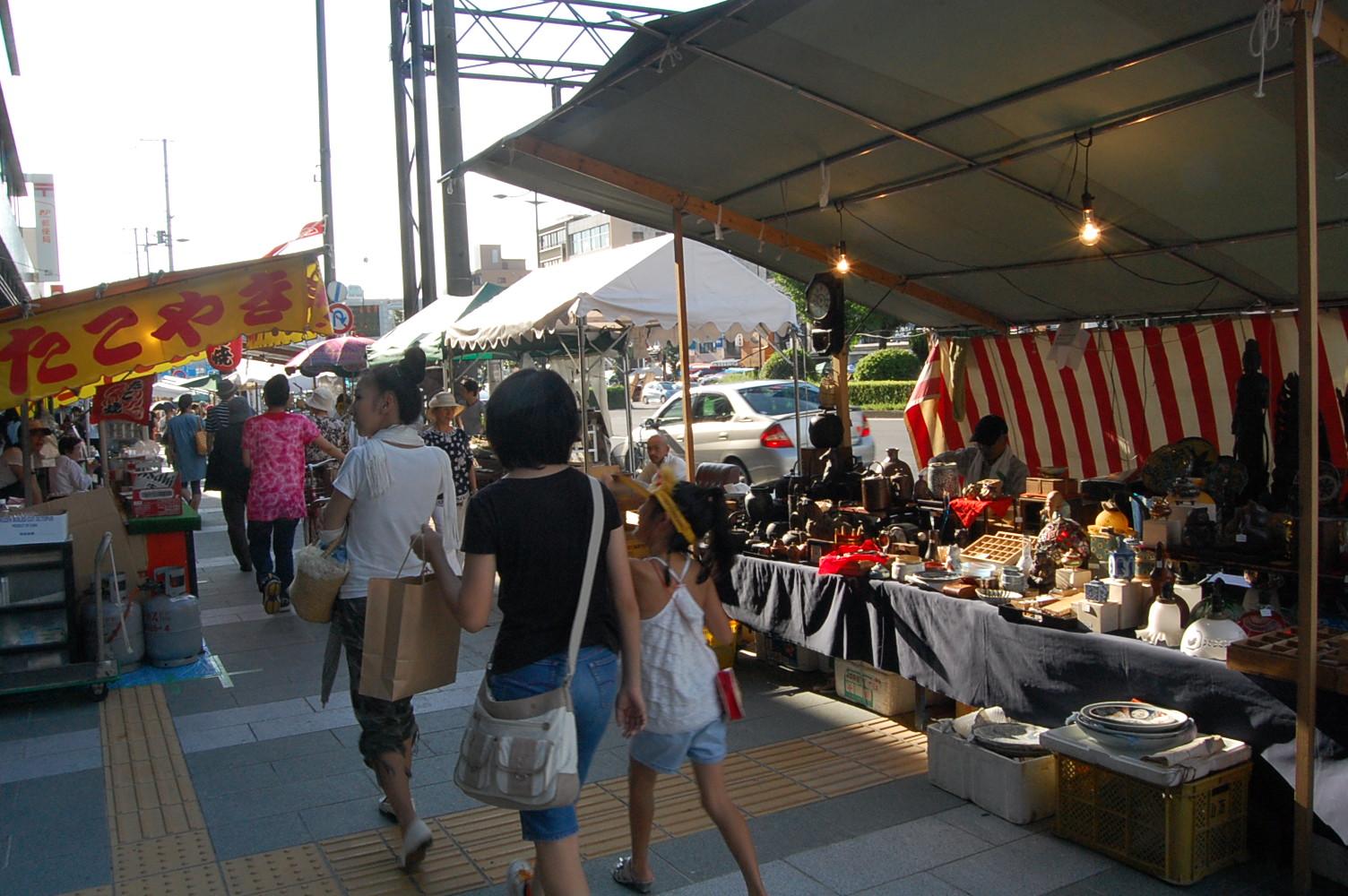 京都五条坂の陶器まつり_a0115906_2311523.jpg
