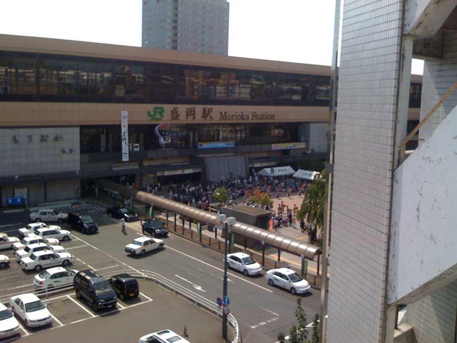 盛岡駅前も賑やかに_f0165190_17441594.jpg