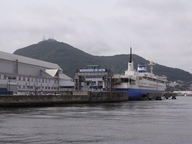 函館港の船たち_c0025115_22142895.jpg