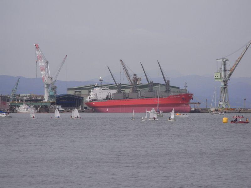 函館港の船たち_c0025115_22252431.jpg