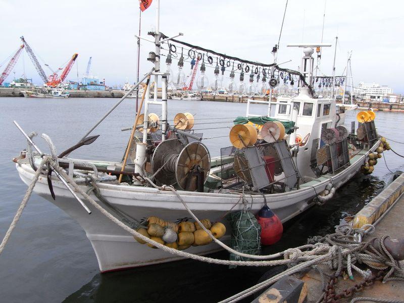 函館港の船たち_c0025115_22295364.jpg
