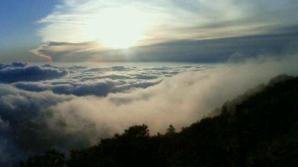 昨日の朝の空_c0089831_13173974.jpg