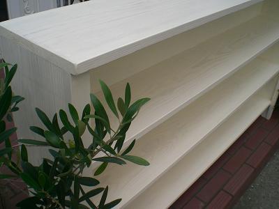 木製本棚。_b0125443_19543838.jpg