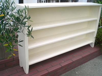 木製本棚。_b0125443_2014949.jpg