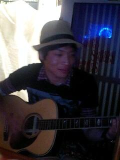ギター少年_e0081753_18345887.jpg