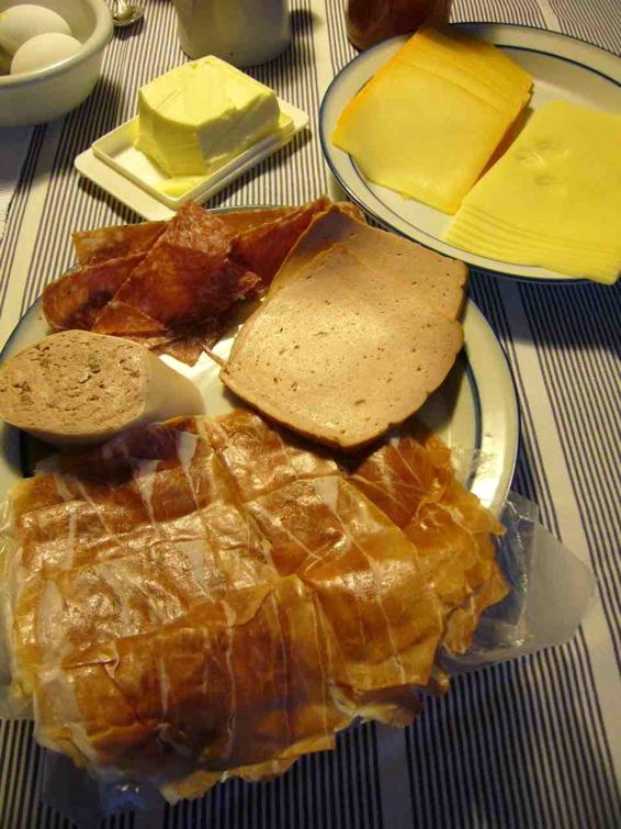 ドイツの朝ご飯 04 家庭の朝ご飯_a0116902_14461957.jpg
