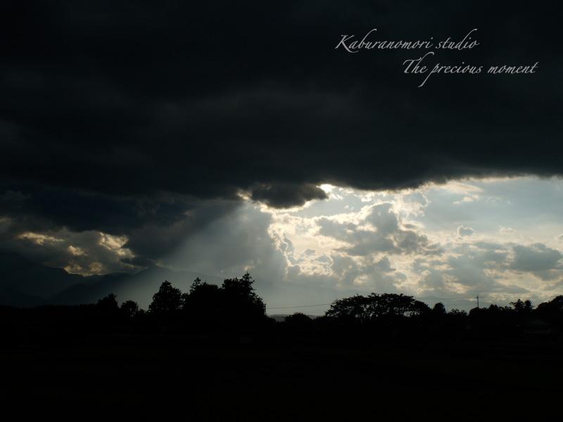 09/8/11     台風が過ぎた日の空_c0137403_2032629.jpg