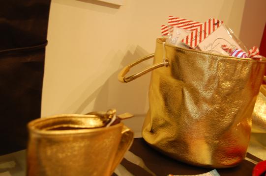 お鍋鞄とまな板バック_a0115906_1434513.jpg