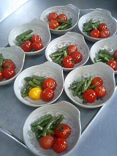 完熟トマトの赤_d0027486_7354936.jpg