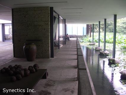 090818 お盆の湘南海水浴&建築散歩−2_f0202414_418231.jpg