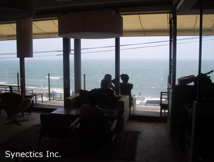090818 お盆の湘南海水浴&建築散歩−2_f0202414_4284849.jpg