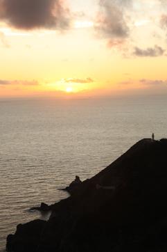 曽津高崎の夕陽を見ながら_e0041337_1840712.jpg