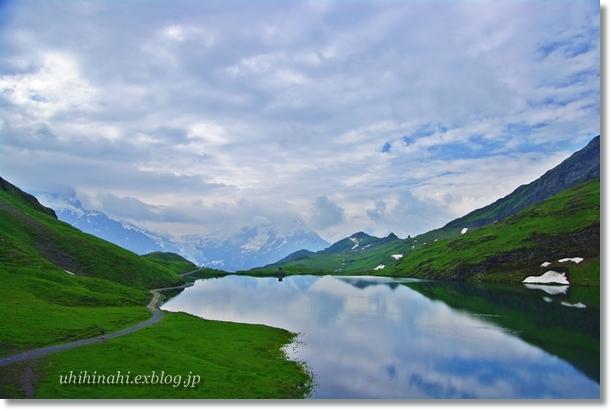 スイスアルプスの山上湖 バッハアルプゼー_f0179404_21272947.jpg