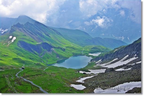 スイスアルプスの山上湖 バッハアルプゼー_f0179404_21293490.jpg