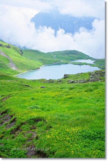 スイスアルプスの山上湖 バッハアルプゼー_f0179404_21302215.jpg