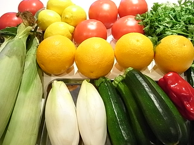 今月の野菜_b0145846_1203239.jpg