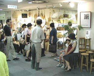 「銀座・手仕事直売所」開催!&高畑一彰展_e0170562_1853367.jpg