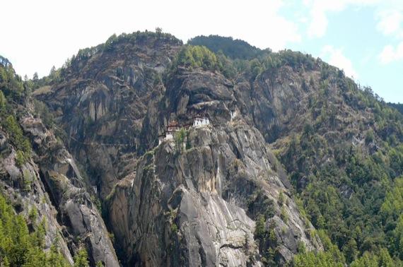 ブータン建築紀行:タクツァン僧院_e0054299_1127473.jpg
