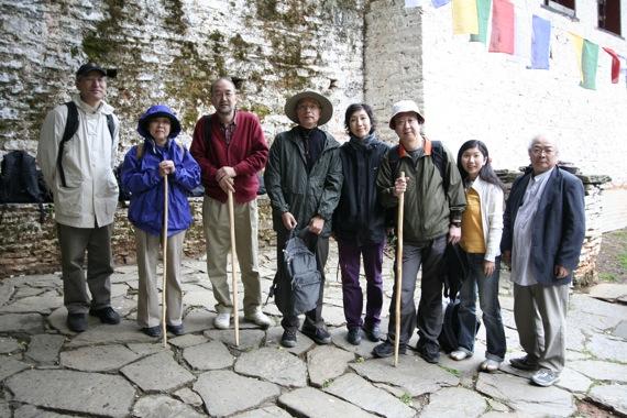 ブータン建築紀行:タクツァン僧院_e0054299_11383915.jpg