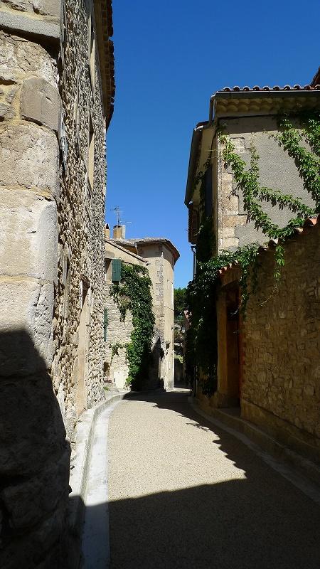 南仏~パリの旅⑩ 南ローヌ4 ベナスク(Venasque)_d0113725_12303447.jpg