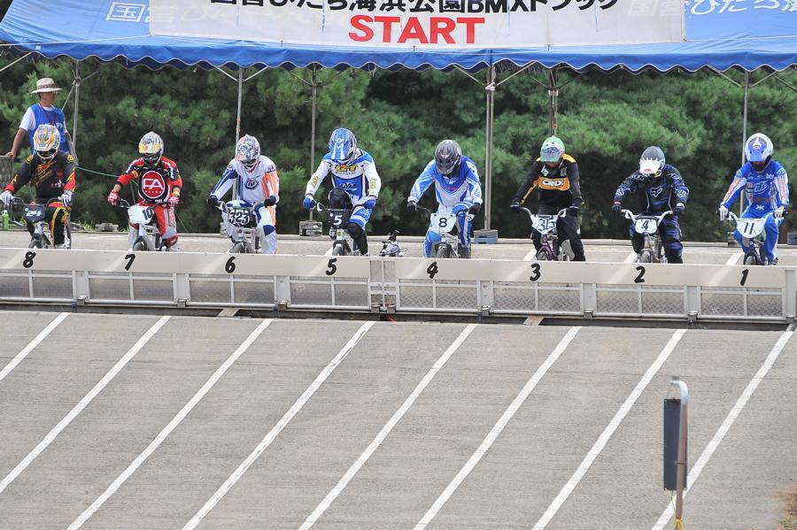 2009JBMXFジャパンシリーズ第3戦ひたち大会VOL1:スーパークラス決勝_b0065730_22551186.jpg