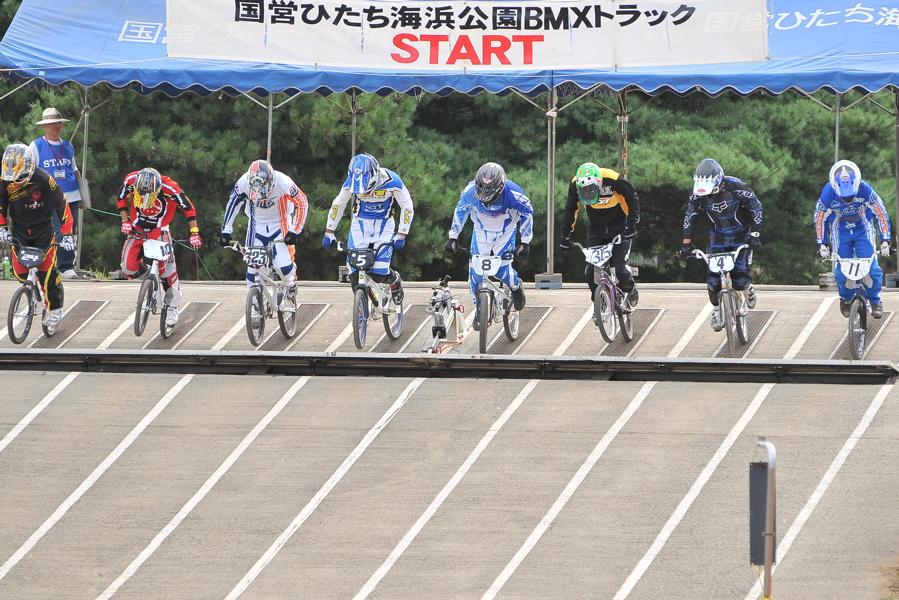 2009JBMXFジャパンシリーズ第3戦ひたち大会VOL1:スーパークラス決勝_b0065730_22555223.jpg