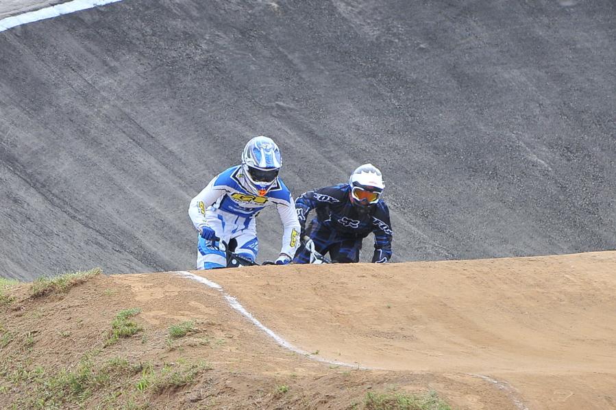 2009JBMXFジャパンシリーズ第3戦ひたち大会VOL1:スーパークラス決勝_b0065730_23105753.jpg